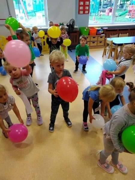 Gimnastyka z użyciem balonów
